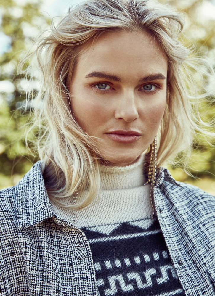 Model Alexandra Burman grid item photo