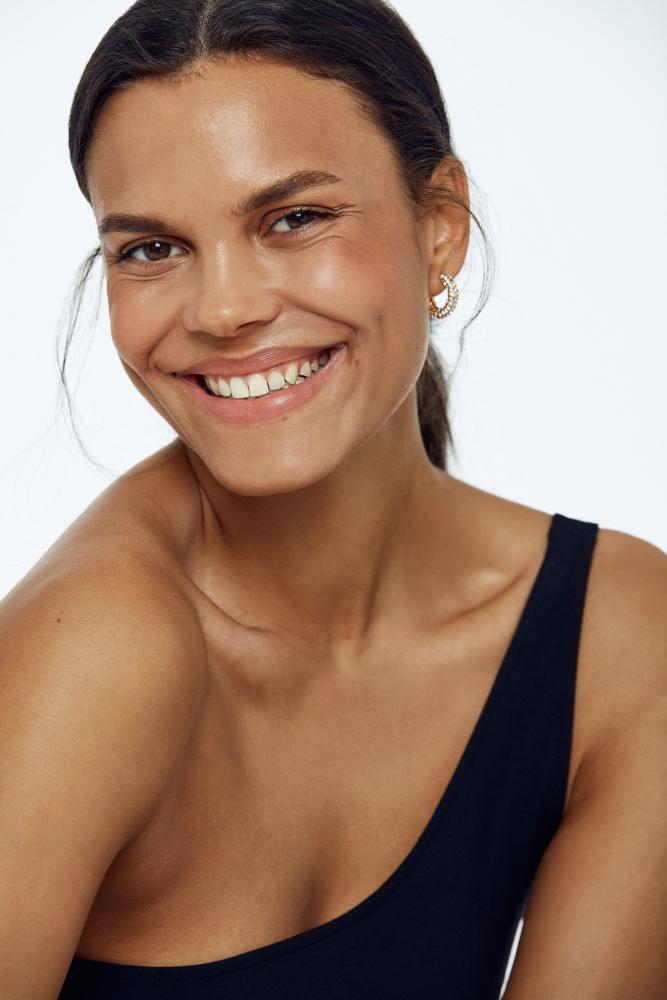 Model Amanda O grid item photo