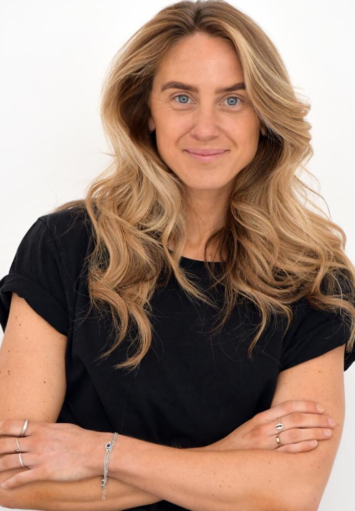 Model Emma B grid item photo