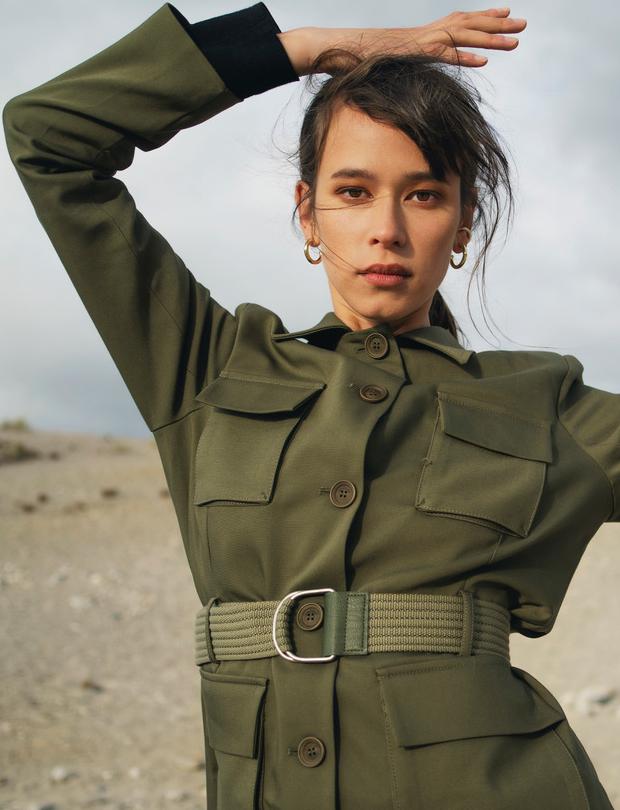 Model Hege Martine grid item photo