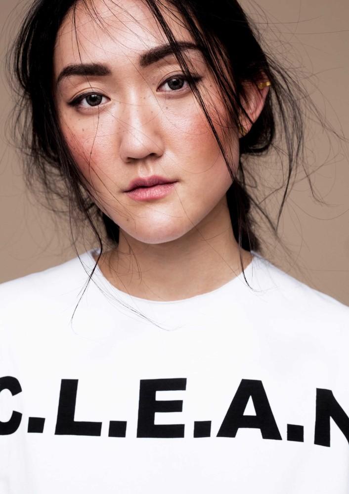 Model Jenni Y grid item photo