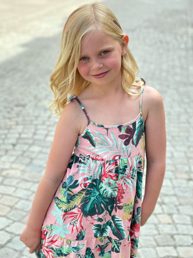 Model Julia H  grid item photo