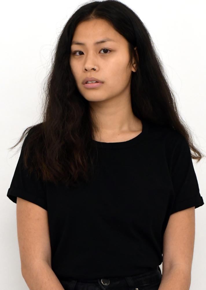 Model Kelly T grid item photo