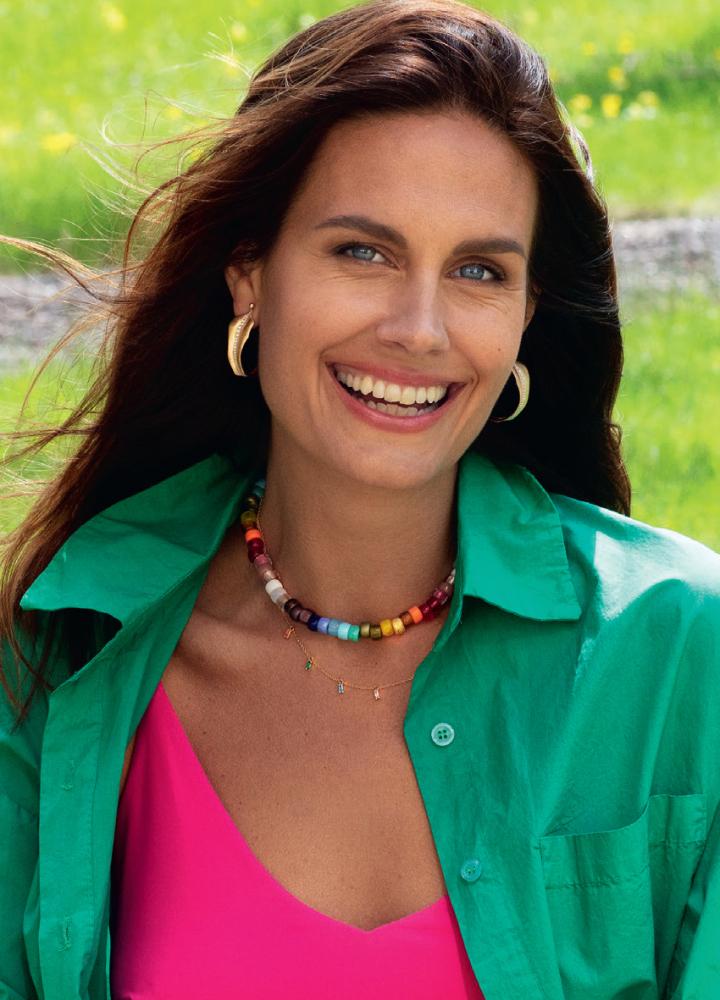 Model Lina Rasmusson grid item photo