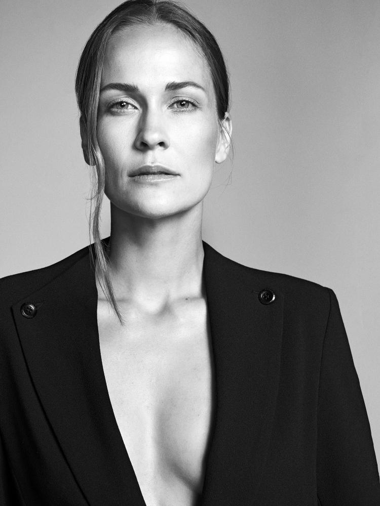 Model Maja K grid item photo